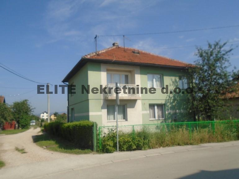 Ilidza, Butmir, kuća od 200 m2 za izdavanje!