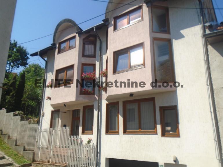 Skenderija , stambeno poslovni objekat od 400 m2!